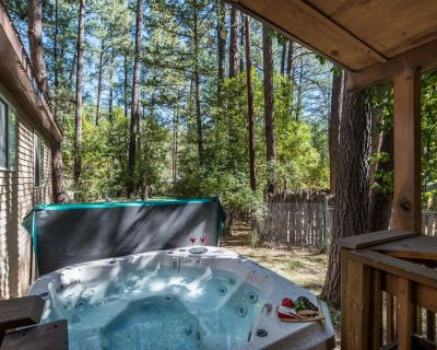 A family vacation or a romantic getaway, A Whispering River has all the ingredie - Ruidoso