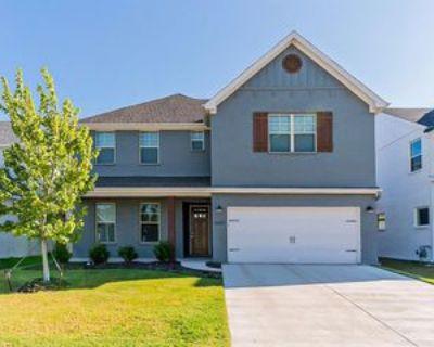 5257 Ranchero Trl, Fort Worth, TX 76126 4 Bedroom Apartment
