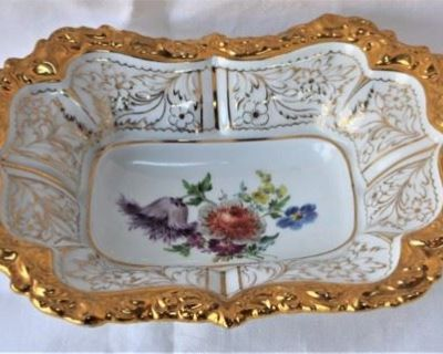 ezDownsizing - Treasures in Herndon Online Auction Estate Sale