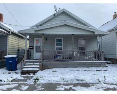 2 Bed 1.0 Bath Foreclosure Property in Toledo, OH 43605 - Burger St