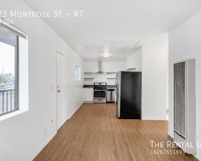 Updated 2 Bed/2 Bath In Prime Echo Park | Views Of DTLA Skyline & Echo Park Lake | 2 AC Units | Parking Included!