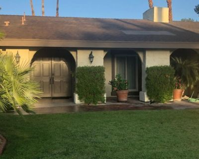 Charming Mid-Century House on Fairway w/Pool, Jacuzzi & Mountain View - Palm Springs