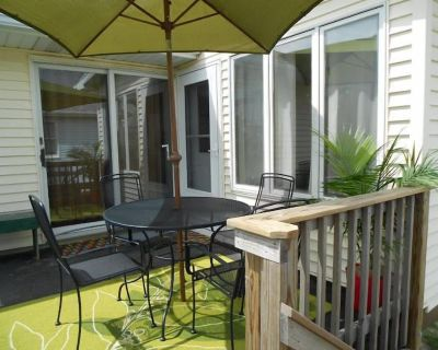 3rd from the beach. Pet friendly. Thanksgiving available! - Dewey Beach
