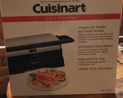 Brand new Cuisinart grill & panini press