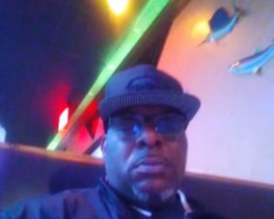 Terence Hill, 55 years, Male - Looking in: Petersburg Petersburg city VA
