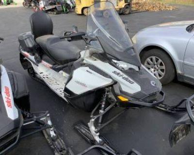 2020 Ski-Doo Grand Touring Sport Rotax 900 ACE