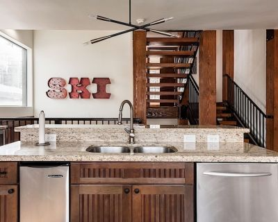 The Luxe Chalet @ Old Town Must-See Modern 3 BR Jacuzzi - Park City