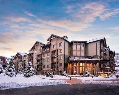 Park CIty Resort // King Bed Rocky Mountain Suite 9 - Park City