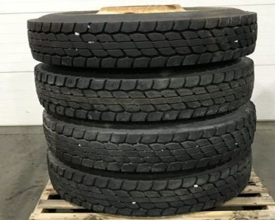 PILOT 22.5 STEEL Tires Attachment