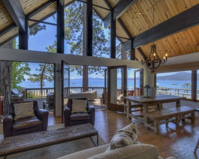 Modern and Quaint Lakefront Home in Heart of Kings Beach with Buoy - Brockway