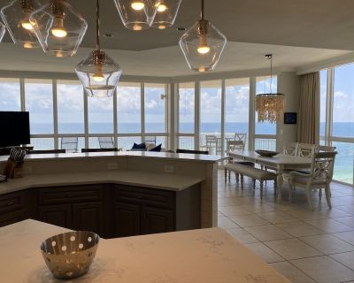 Beach Front Luxury Condo - Gulf Shores