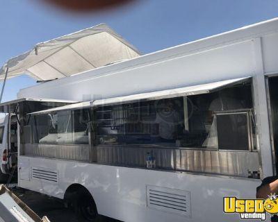 Diesel 26' Chevrolet Step Van Kitchen Food Truck / Used Mobile Food Unit