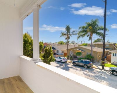 Beautiful 2 bed Apartment with Private Balcony!