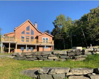 Birch Hill Hollow - Mt Snow w/ hot tub & pool table - West Dover