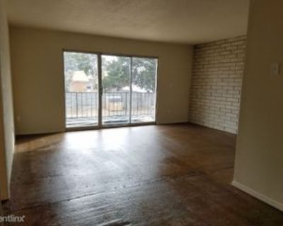 2608 2nd Ave, Canyon, TX 79015 3 Bedroom Apartment