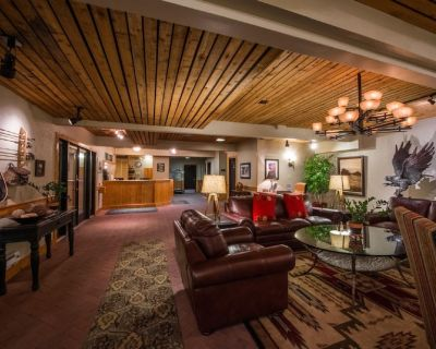 Heated Pool Resort 2-Br, 2-Bth - Downtown Park City