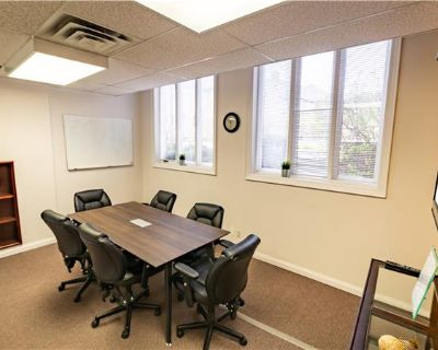 Fully furnished office spaces (MLS# W4499654) By Saleem Salahuddin