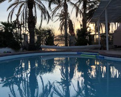 Desert Hideaway Casita - Desert Hot Springs