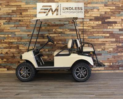 2008 Club Car DS - Gasoline Golf carts West Allis, WI