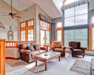 Luxurious Ski In/out Town Home. 4 Bdrms + Den with sleeping. 5 Baths. - Beaver Creek