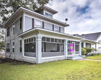 Charming Family Home w/Game Room, 3 Mi to Downtown - Fairfield Historic District