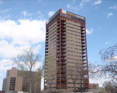 20th Floor, Near Downtown Denver, 2 Bedroom Condo, 1 bath - Five Points