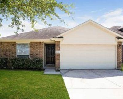 13226 Gerngross Ln, Houston, TX 77044 4 Bedroom House
