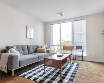 Bright Capitol Hill 2BR w/ Gym, Rooftop, W/D, nr. Broadway, by Blueground - Broadway