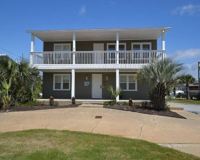 Perfectly located home on canal close to charter boat trips, shopping, & more! - Holiday Isle