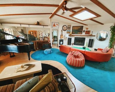 80s dreamworld with lagoon, outdoor bowling lane, hot tub under the Milky Way - Yucca Valley