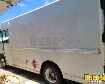 1997 Freightliner MT45 Empty Step Van / Used Delivery Truck