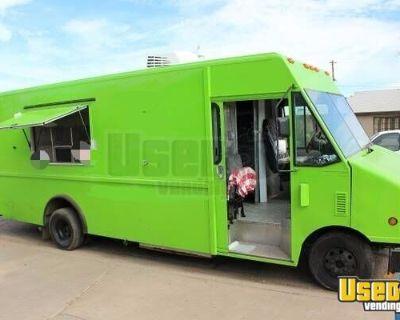 2004 Ford Econoline Step Van Food Truck / Used Mobile Kitchen