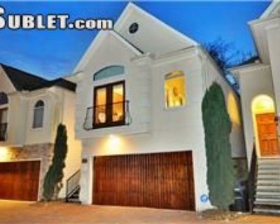 $2950 3 townhouse in East Houston