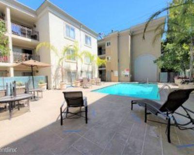 141 S Clark Dr, Los Angeles, CA 90048 Studio Condo