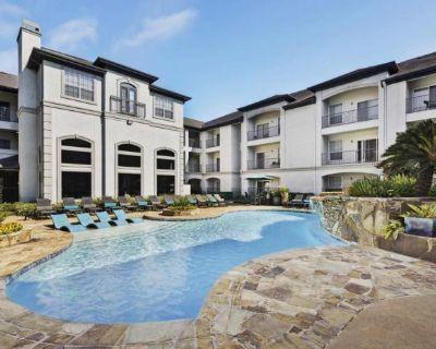 2302 Louisiana St Houston, TX 77006 2 Bedroom Apartment Rental