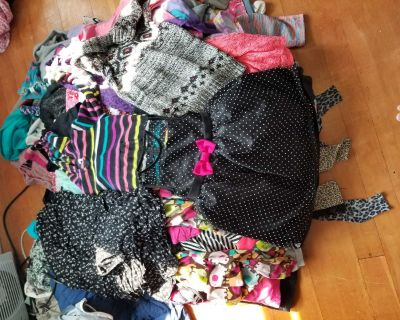 Giant lot of size 5/6 and small girls clothes