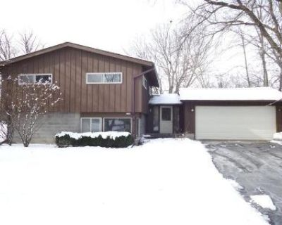 3 Bed 1.5 Bath Foreclosure Property in Milwaukee, WI 53217 - N Chadwick Rd