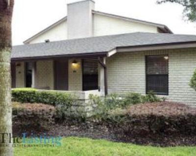 2898 Plaza Terrace Dr, Orlando, FL 32803 1 Bedroom Condo