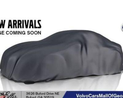 2021 Volvo XC90 Momentum