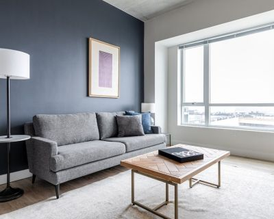 Airy Somerville 1BR w/ Gym, Doorman, nr. Assembly Row - Assembly Square
