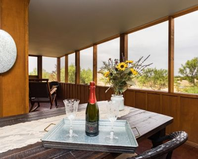 THE HIDEOUT AT PALO DURO CANYON! Large, rustic. Sleeps 4 or 8 w/ our 2nd cabin. - Canyon