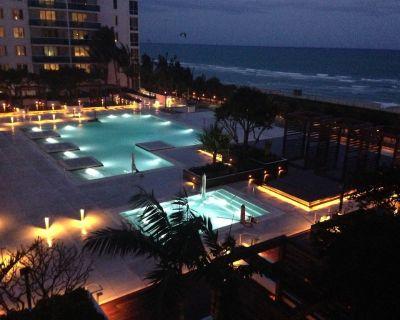 Roney/1 Hotel Property, Luxurious Resort Condo 1 Bd/2bth Balcony Ocean/Pool View - South Beach