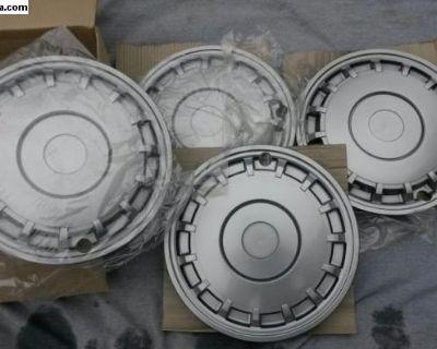 "NOS German Vanagon hubcaps Mint / Boxed 15"""