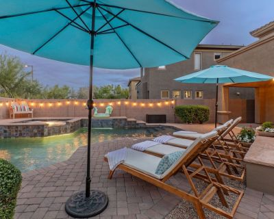 Desert Ridge: 4 BR, 2.5 BA, TVs ALL BRs, Htd POOL & SPA, Fire Pit, Ideal for Hikers/Bikers/Golfers - Village At Aviano