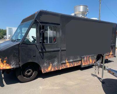 Turnkey 2004 Workhorse P42 21' Stepvan Kitchen Food Truck - GM / Workhorse / 2004
