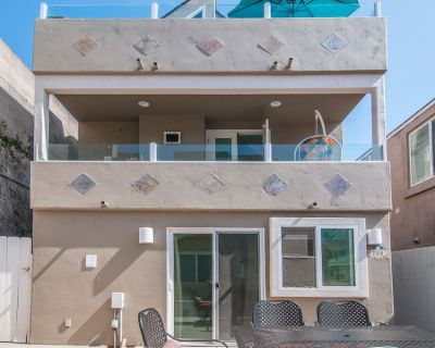 #720- Shared Dreams - Stunning, remodeled Oceanview standalone house with AC, 2 Houses to Ocean - Mission Beach