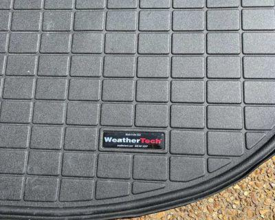 Like new WeatherTech floor mats for 2020 Hyundai Santa Fe