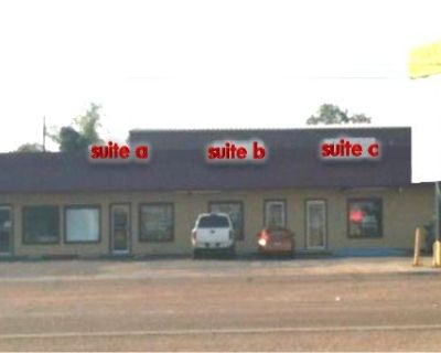 Suite For Lease in J & B Business Plaza in Bossier
