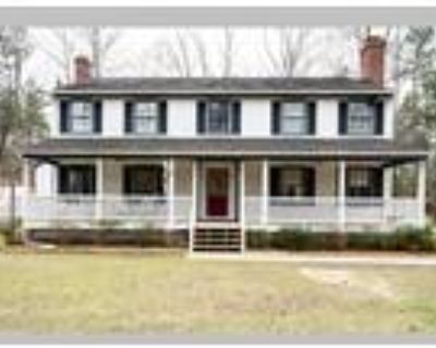 Beautiful Colonial on 5 Private Wooded Acres, Aylett, VA