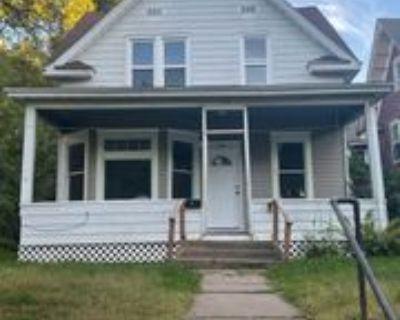 154 George St W, St. Paul, MN 55107 4 Bedroom House